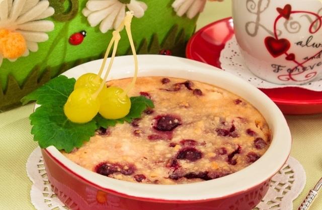 Сирна запіканка з ягодами (без борошна)