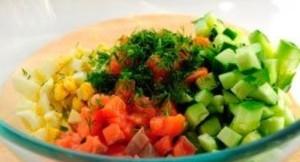 Салат з червоної риби