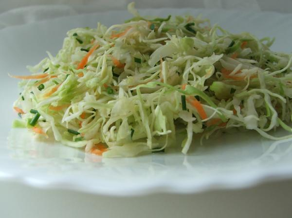 рецепт салат із свіжої капусти