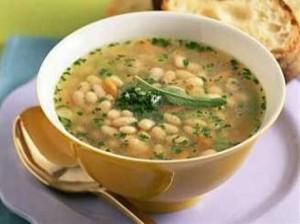 Суп з квасолею в мультиварці
