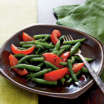 Салат з овочів до шашлику