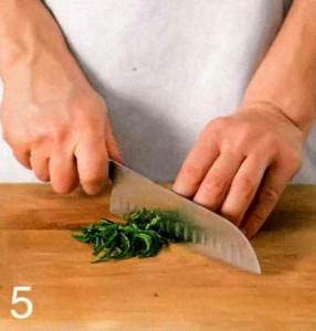 Мятний салат з пшеницею і креветками