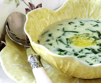 Весенний французский суп со щавелем