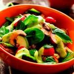 Салат из кабачков, грибов и редиса