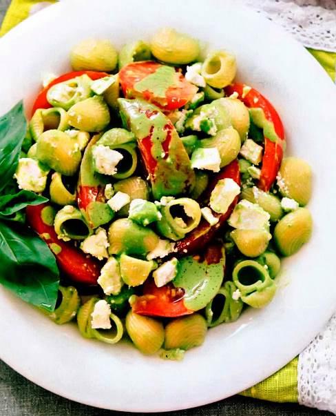 Летний салат из пасты