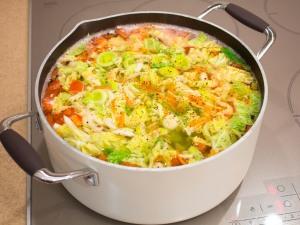 Суп з савойської капустою і рисом