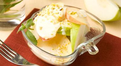 Фруктовий салат з йогуртом