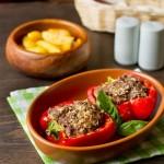 Запечений солодкий перець з м'ясом і овочами