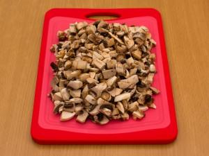 Свинина с грибами в сливочно сырном соусе