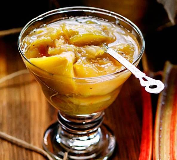 Ревенево-яблучне варення з м'ятою