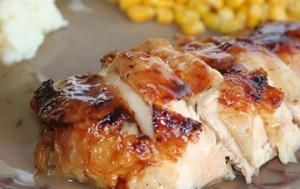 Курица целиком в духовке с майонезом