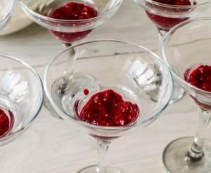 Десерт Малинове літо з чізкейковим кремом