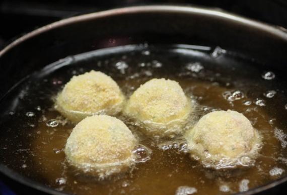 рецепт картофельных шариков из пюре в духовке