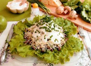 Праздничный салат «Новогодняя горка»
