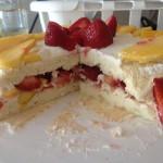 Торт з готових бісквітних коржів
