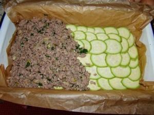 Мясна запіканка з кабачками