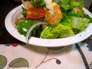 Салат грецький з креветками