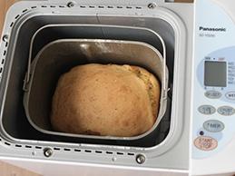 Солодкий хліб в хлібопічці