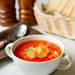 Томатний суп з тріскою і гарбузом