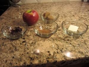 Печені яблука в мікрохвильовці