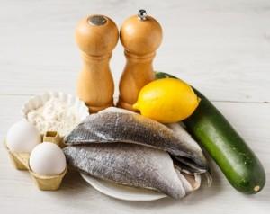 Смажена дорада в яйці з цукіні і айолі