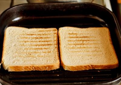 Клаб сендвіч з куркою і беконом