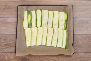 Овочева лазанья з цукіні