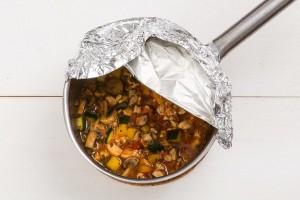 Курка з овочами і прованськими травами