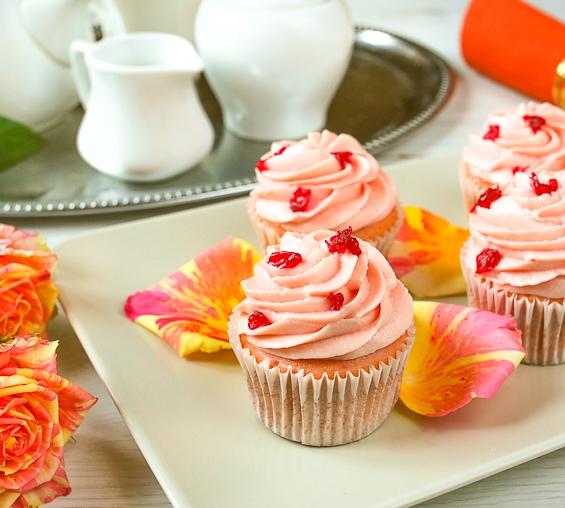 Рожеві капкейки