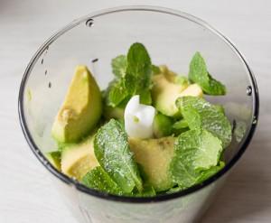 Дип з авокадо з мятою