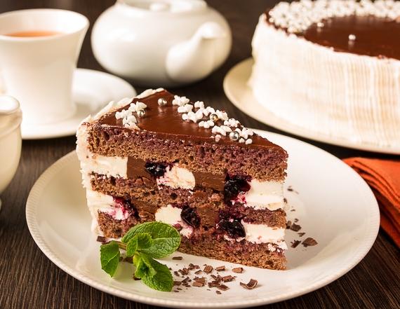 """Торт """"Смородина в шоколаді"""""""