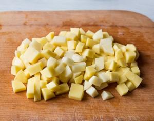 Вершковий суп з куркою, беконом і кукурудзою