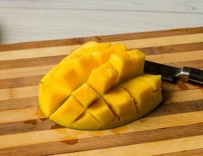 Куряче філе з манговим чатні
