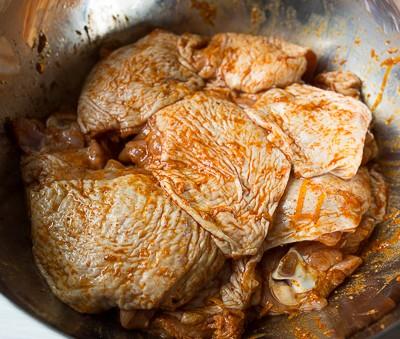 Курка, запечена з лимоном і паприкою