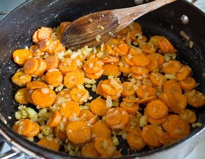 Рагу з курки з морквою і цукіні