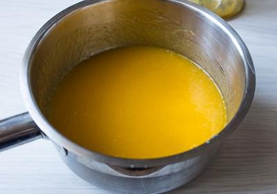 Мигдальний рулет з манговим мусом