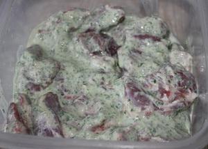 Шашлик в мятно йогуртовому маринаді