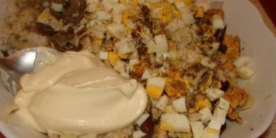 Салат из курицы и фасоли