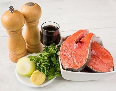 Пряні стейки з лосося з імбиром