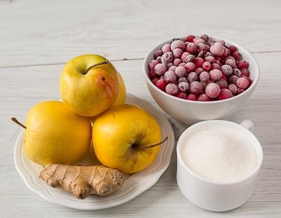 Яблучно журавлинний компот з імбиром