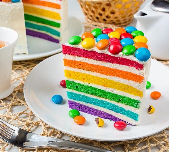 raduzhnyi-tort