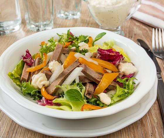 salat-s-yazykom-i-daikonom