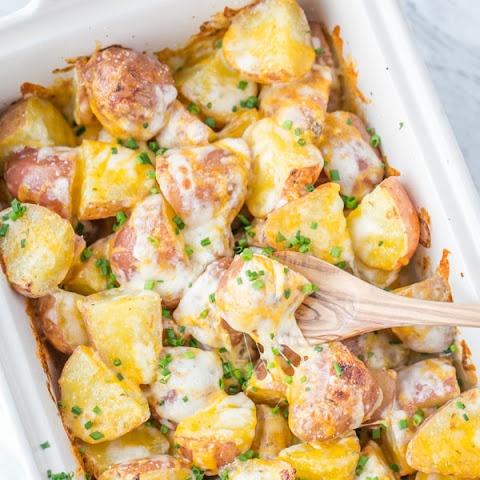 Запечена картопля з сиром