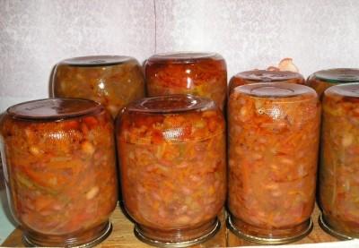 Греческий салат на зиму с фасолью