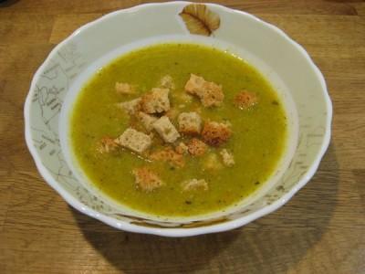 Овочевий суп-пюре: кабачки, брокколі, морква і картопля