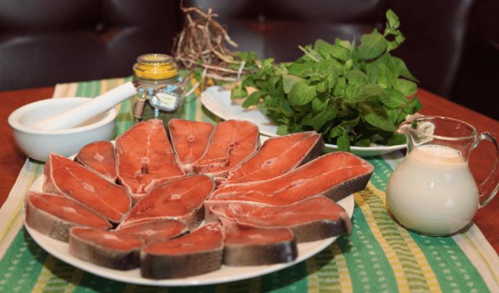 Горбуша в вершково часниковому соусі
