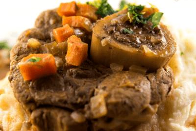 Тушкована телятина: рецепт від італійського шеф кухаря