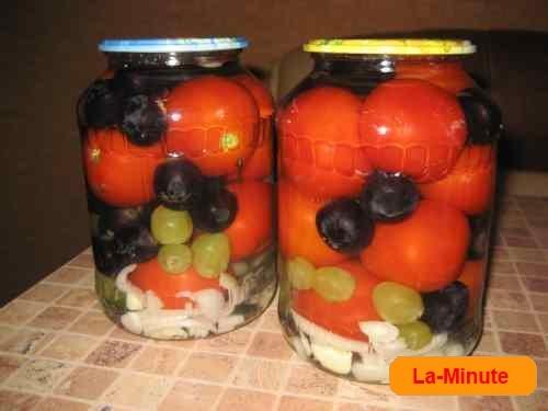Консервированные помидоры с виноградом 7