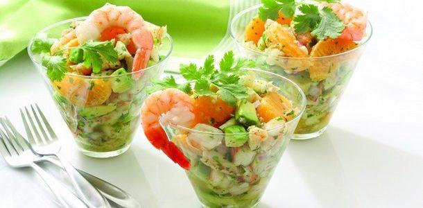 Смачний салат «Олів'є» на Новий рік 2017: декілька покрокових рецептів