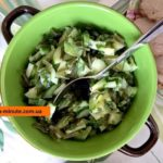 Салат из морской капусты и овощей